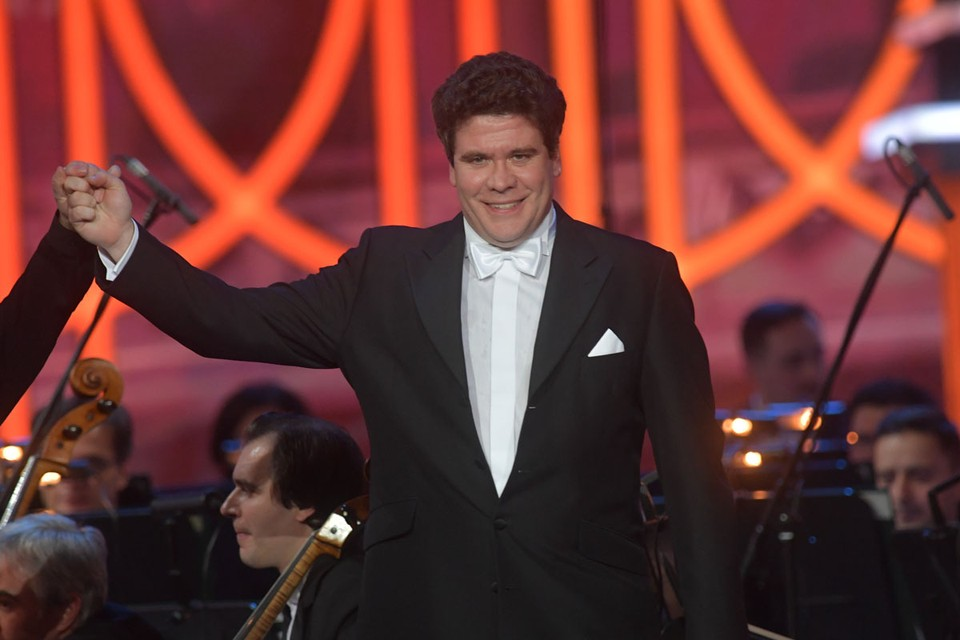 Свое участие в интернет-концерте подтвердил Денис Мацуев.