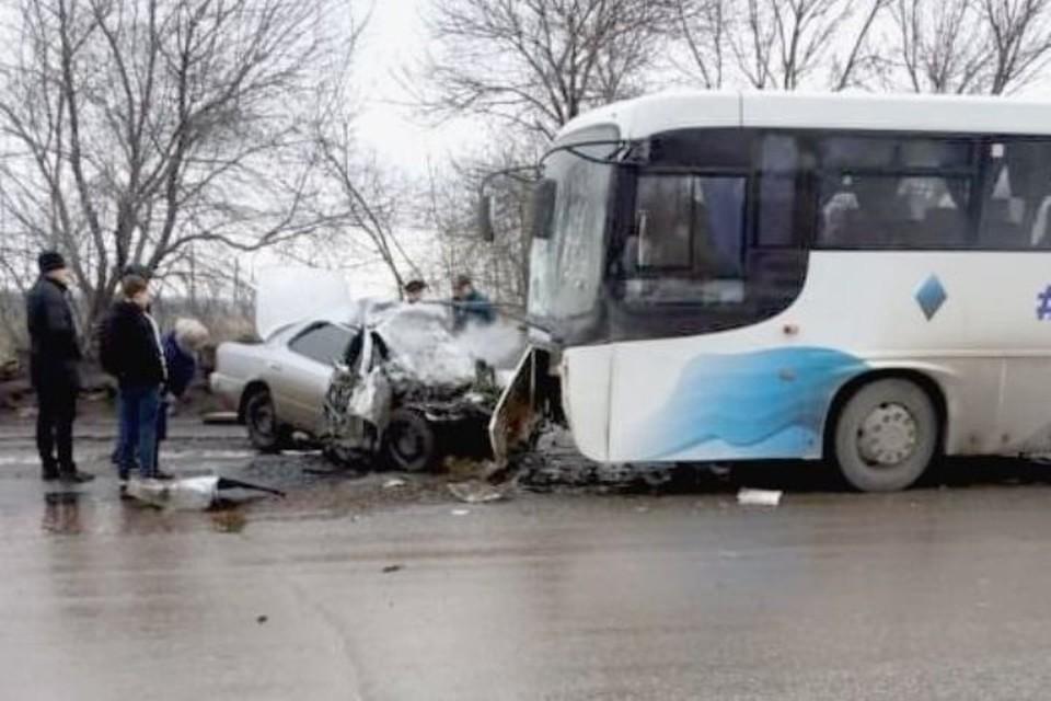 """Прокуратура начала проверку обстоятельств ДТП с тремя погибшими в Кузбассе. Фото: """"Инцидент Барнаул""""/vk.com"""