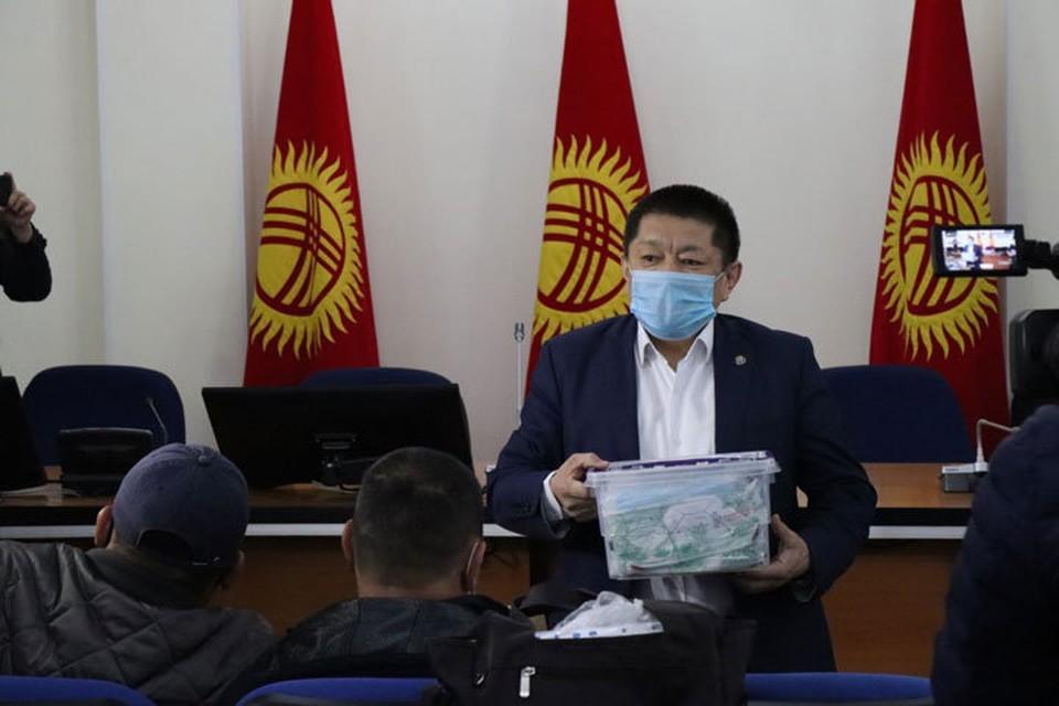 Министр сообщил о скорой выписке первых трех пациентов.