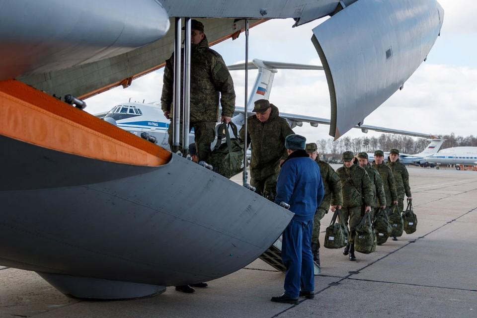 По словам представителя Минобороны, цели российской миссии вполне прозрачны - это бескорыстная помощь итальянскому народу, оказавшемуся в бедственном положении из-за пандемии Covid-19.