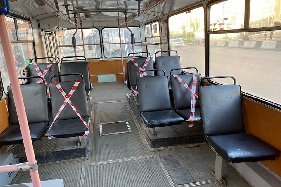 Вот такая картина сейчас в общественном транспорте Красноярска: соблюдаем дистанцию!