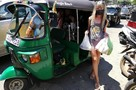 Русские туристы, застрявшие на Шри-Ланке: Некоторым из нас не продают даже воду