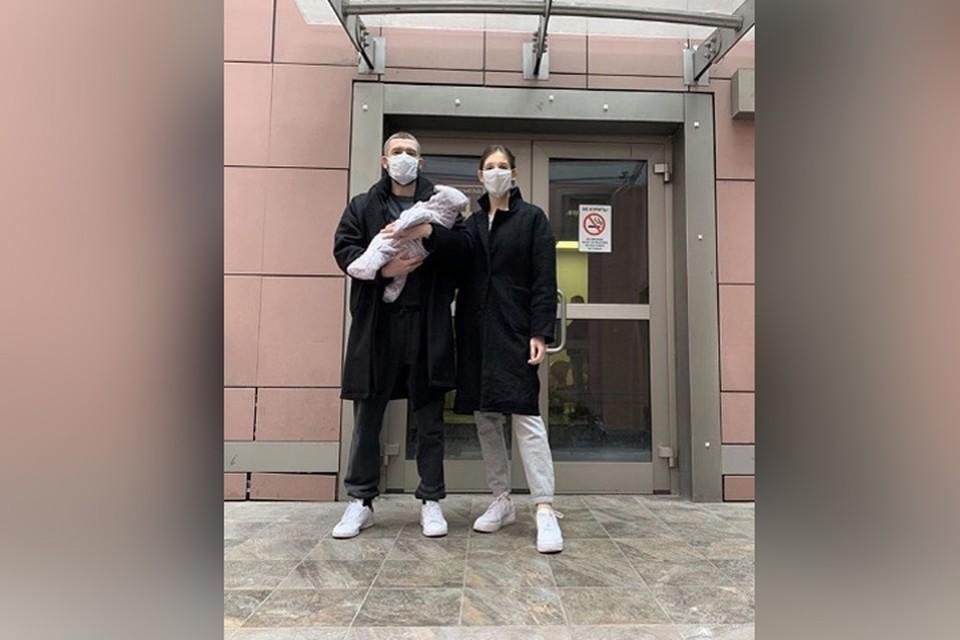 Уже на следующий день после родов Ольга Пилевская и малышка Тея оказались дома.