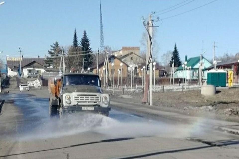 Пять тысяч километров дорог продезинфицировано в Кузбассе. ФОТО: пресс-служба АКО