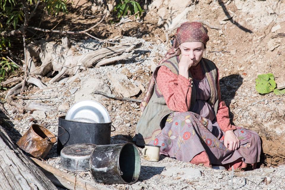 «Зулейха» - это роман о молодой женщине из небольшой татарской деревни, которую выдали замуж в 15 лет.