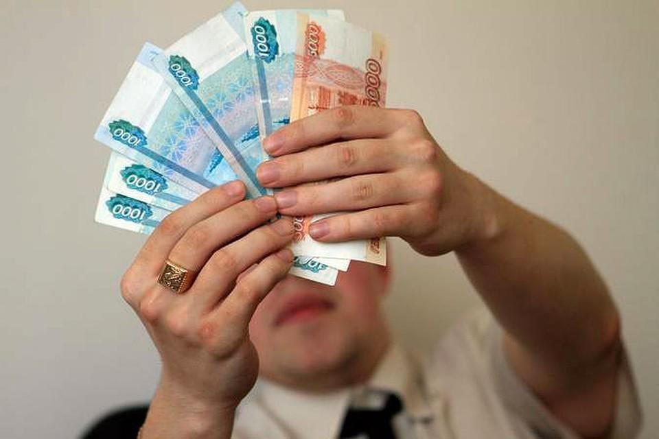 В Тверской области работникам предприятие не доплатили 140 000 рублей
