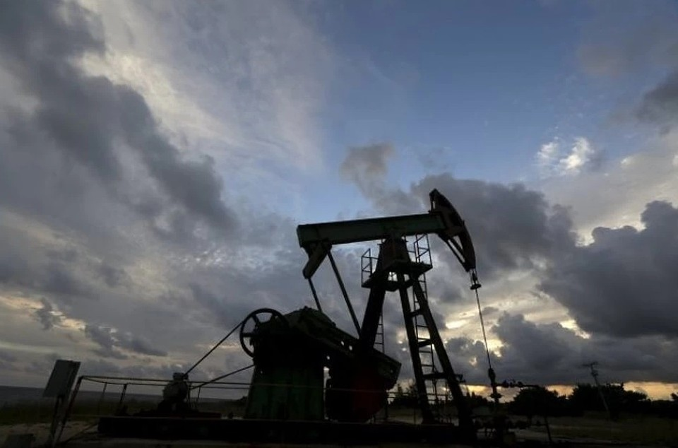 Переговоры о сокращении добычи нефти должны пройти 9 апреля