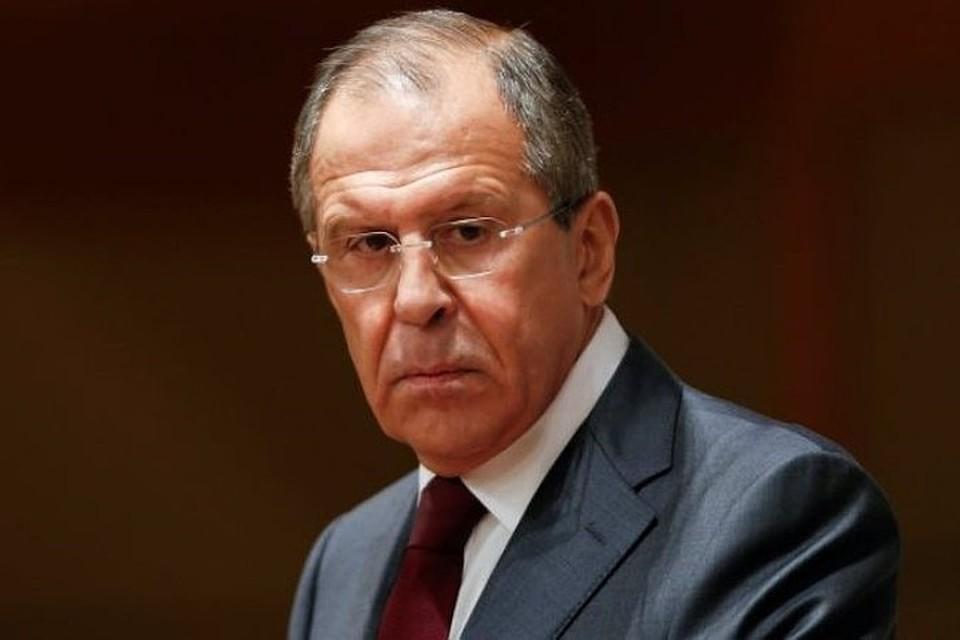 """Сергей Лавров: """"старшие товарищи"""" не дают ряду стран ЕС принимать помощь России"""
