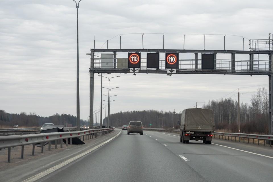 КАД перекроют на неделю у развязки с Приморским шоссе в Санкт-Петербурге