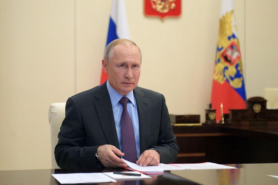 Путин принял решение о завершении нерабочих дней