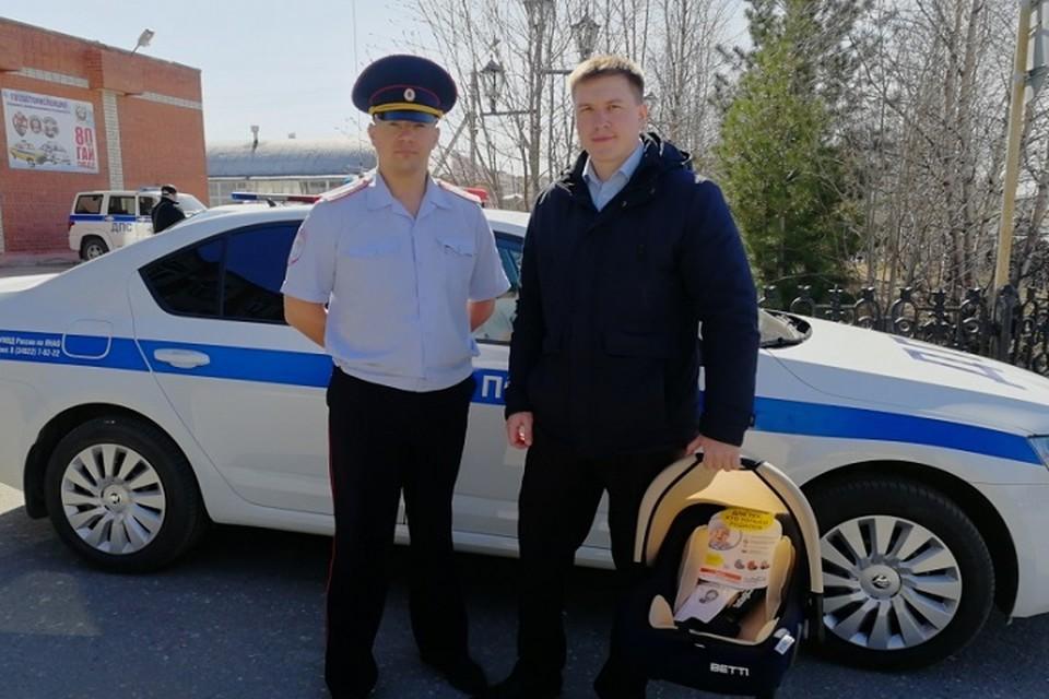 В Новом Уренгое полицейский помог беременной женщине добраться до роддома Фото: 89.мвд.рф