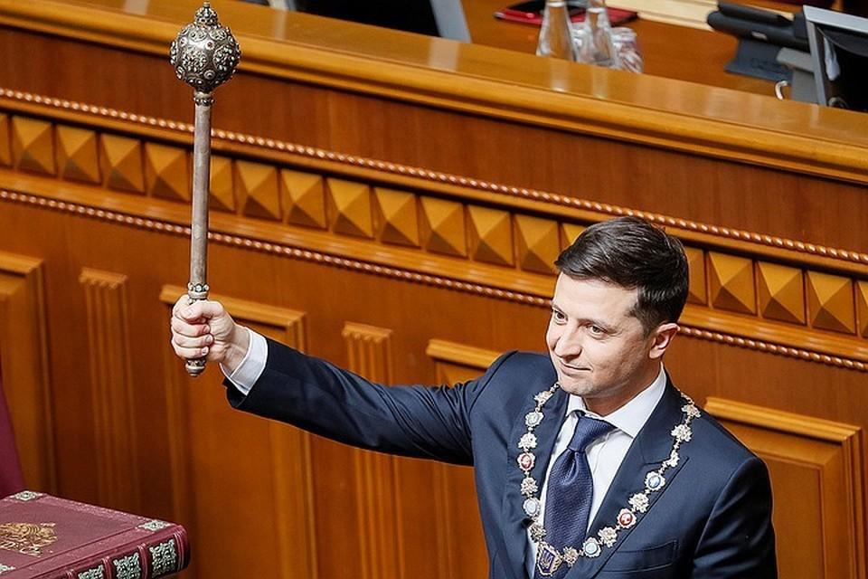Год назад Владимир Зеленский вступил в должность президента Украины.