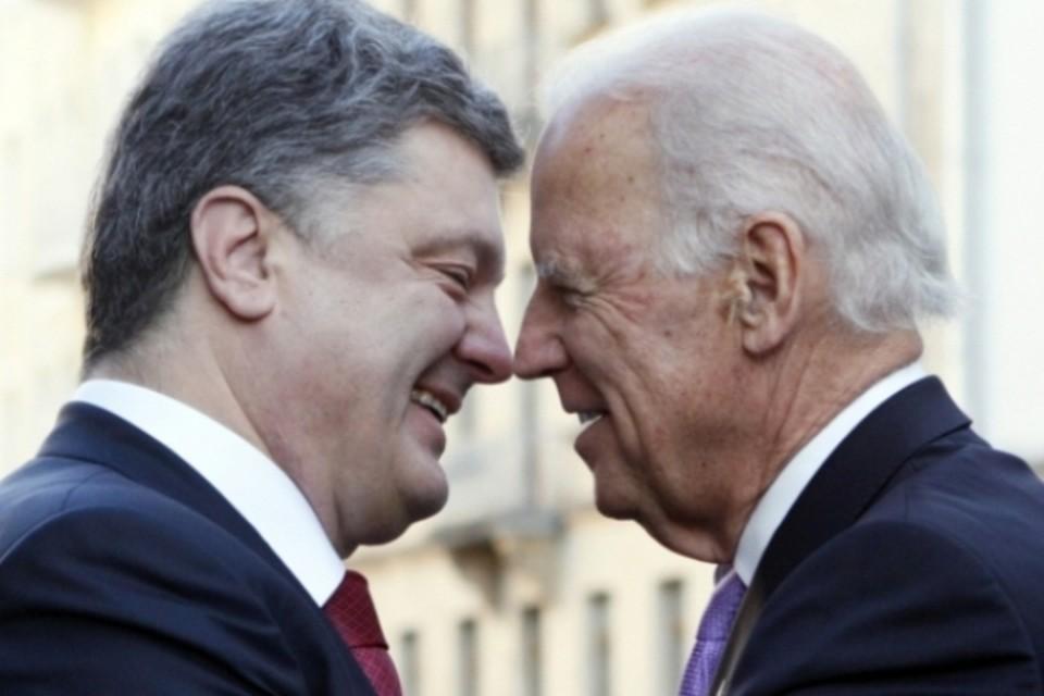 Бывший президент Украины Петр Порошенко с бывшим вице-президентом США Джо Байденом