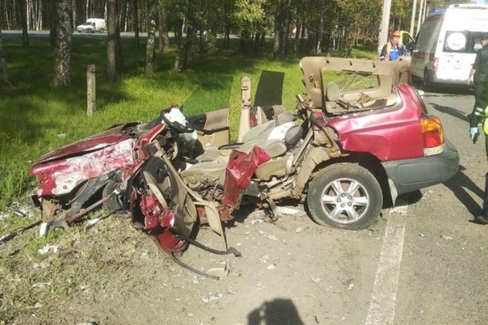 """""""Субару"""" разбился всмятку в жестком ДТП на Приморском шоссе"""