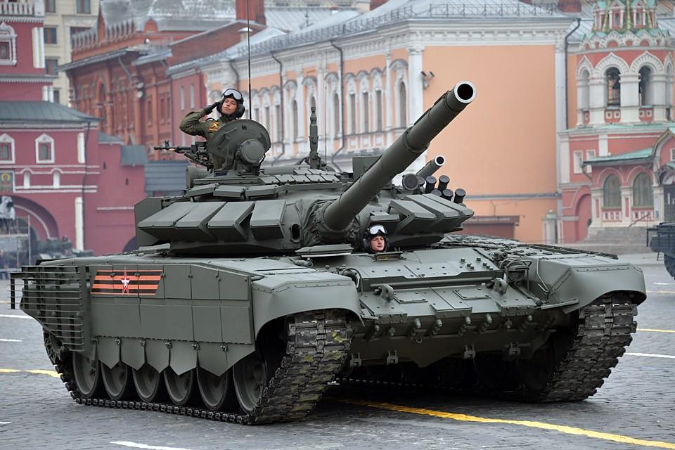 Глава государства подписал Указ «О проведении военных парадов»