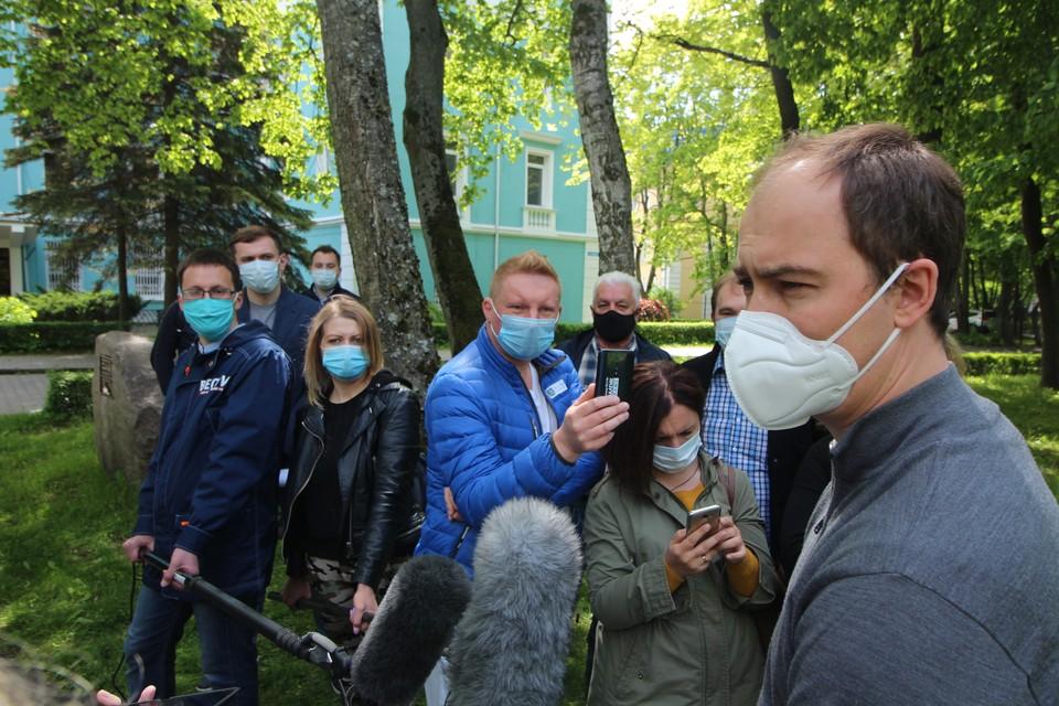 Александр Кравченко впервые был в респираторе