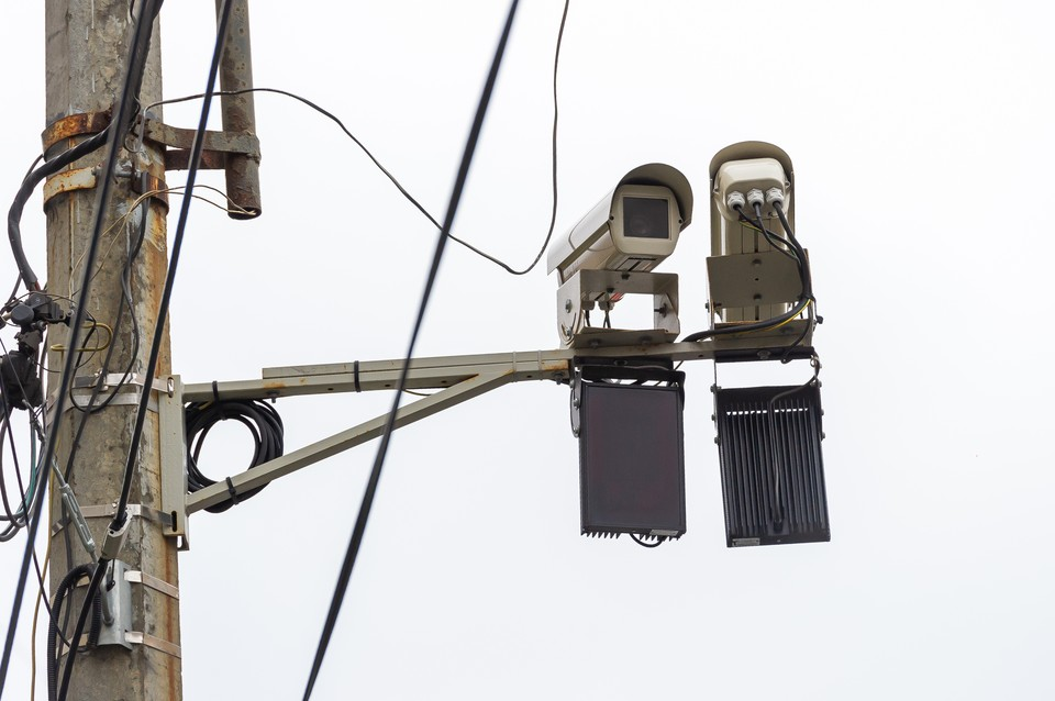 В Киришах электрика убило током.