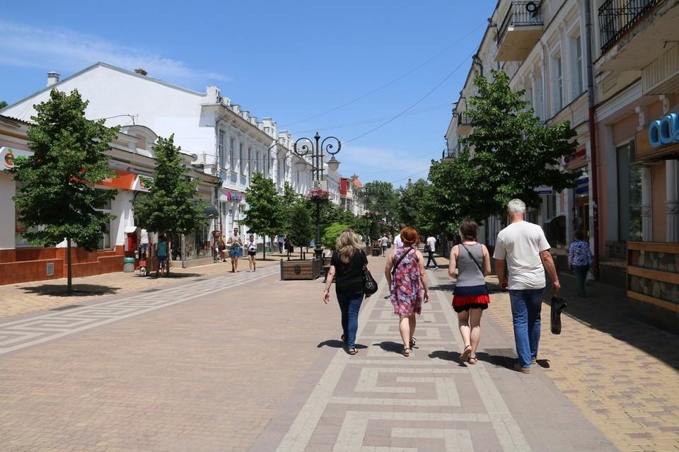 Сейчас кандидат на место главного архитектора Симферополя проходит согласование, в июле он начнет работу.
