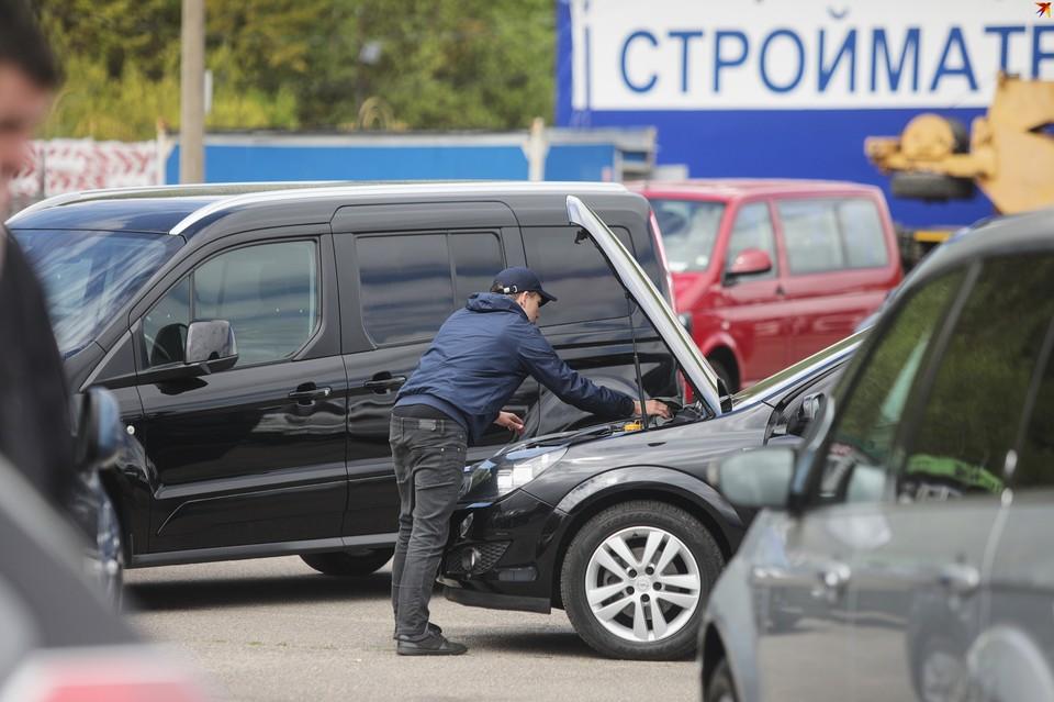 Бальной системы наказания для водителей в Беларуси не будет. Угадайте, кто был против
