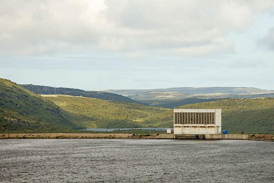 Уровень воды на ГЭС 1 Серебрянских ГЭС опасно повысился. Фото: www.tgc1.ru