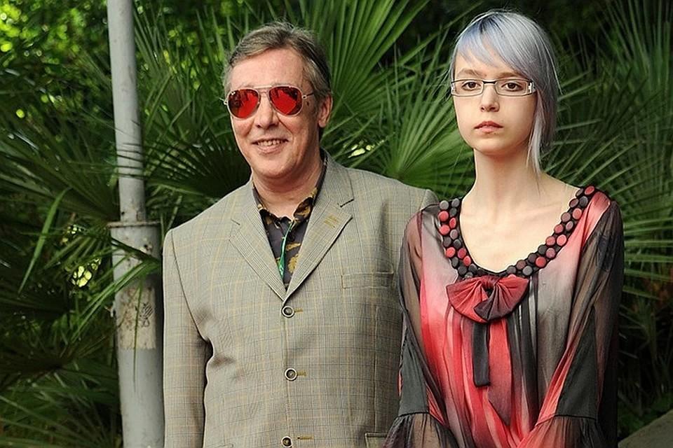 Анна Мария с отцом Михаилом Ефремовым.