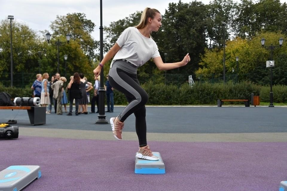 Фитнес-центры переместились в парки