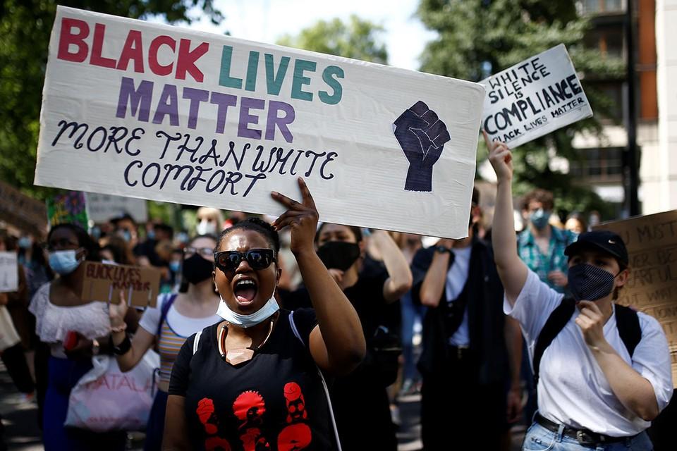 Движение «Черные жизни важны (Black Lives Matter)» прибегает ко все более радикальным формам борьбы.