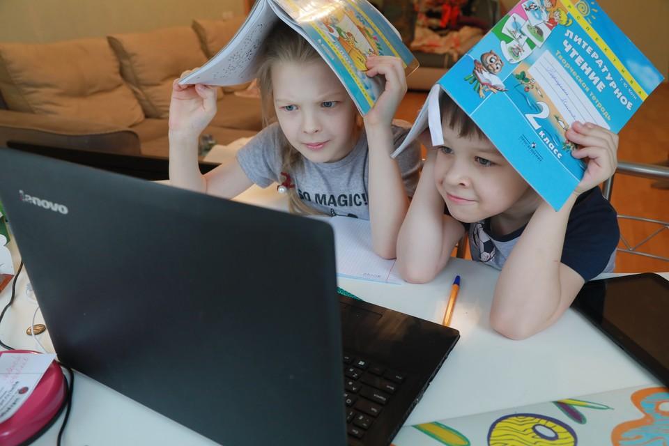Планируя летнее образование, стоит учитывать желание детей.