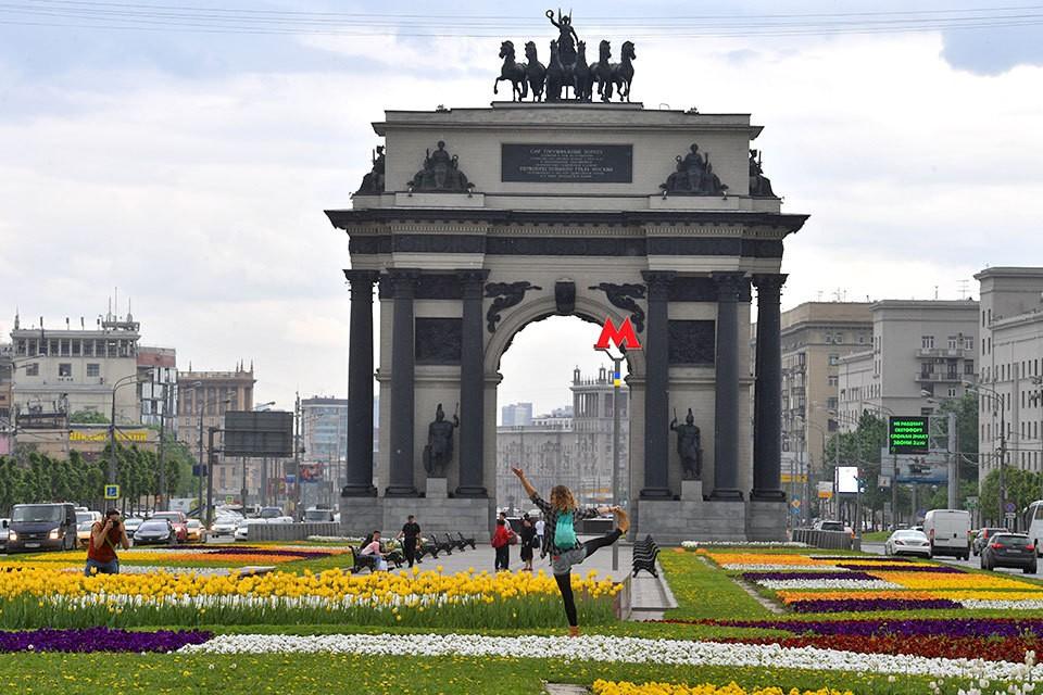 Комплексное благоустройство пройдет также у Триумфальной арки на Кутузовском проспекте.