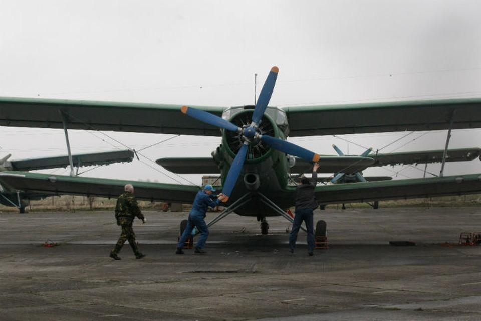 Вот на таком кукурузнике Ан-2 поднялись в Саяны летчики пропавшего в Бурятии самолета.