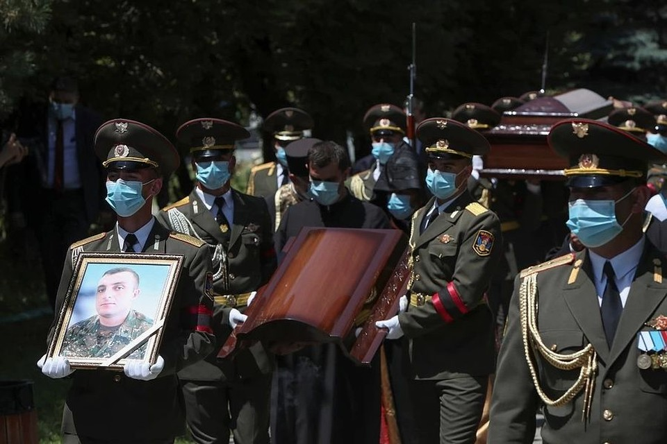 Войну между Арменией и Азербайджаном разжигают, чтоб втравить в нее Россию