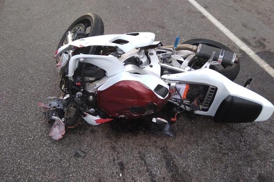 Мотоциклист погиб, водитель ВАЗа - в больнице