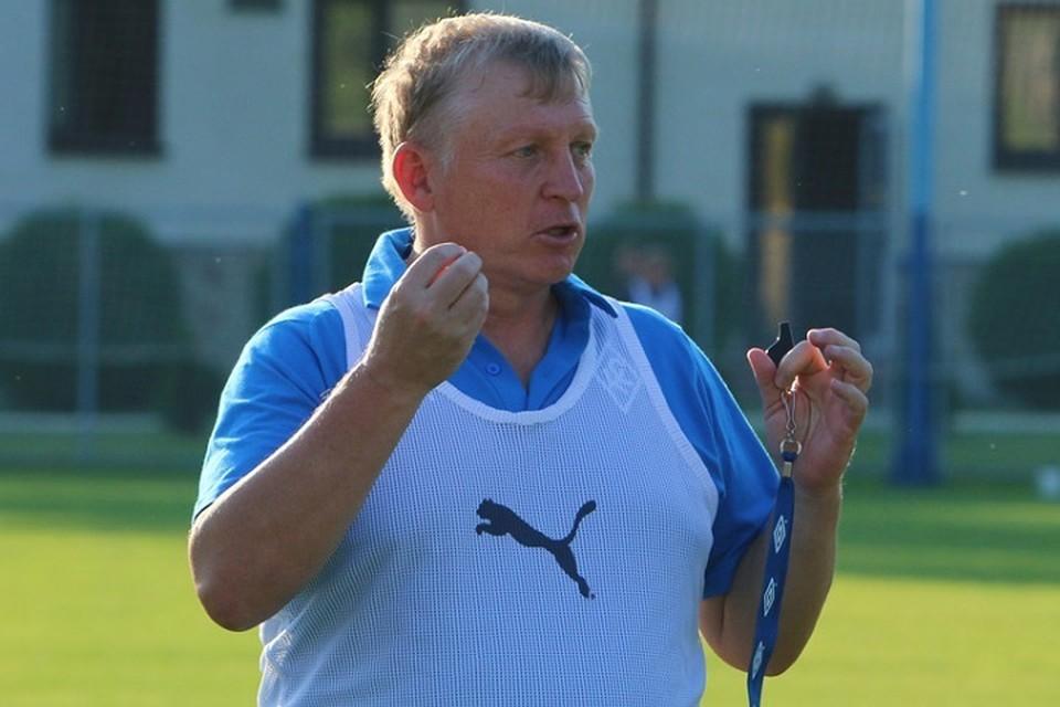 Новый главный тренер самарской команды планирует развивать молодежь, но не забывает и про опытных футболистов