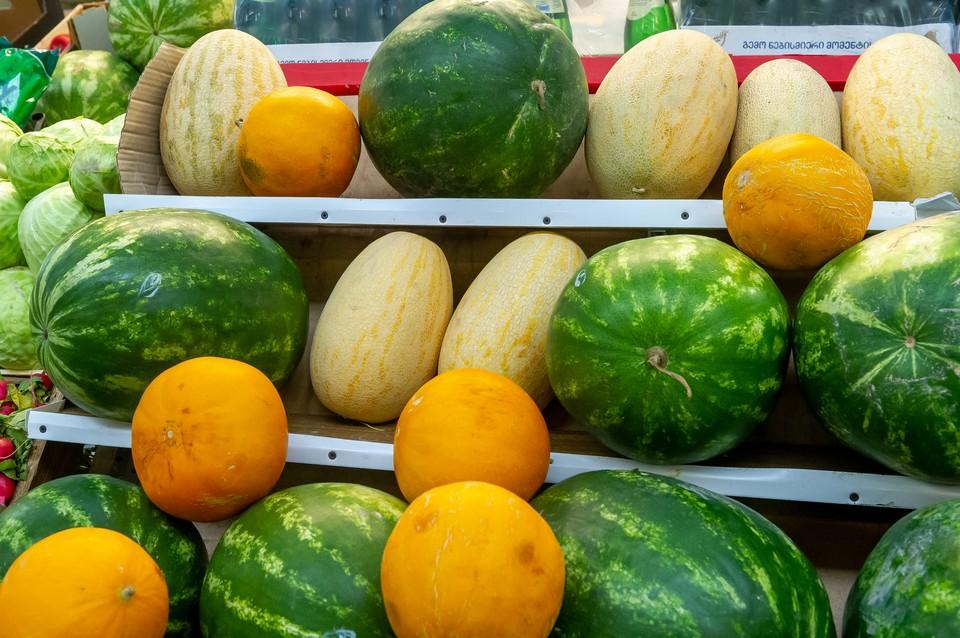1 августа в Петербурге начнется сезон уличной торговли дынями и арбузами.