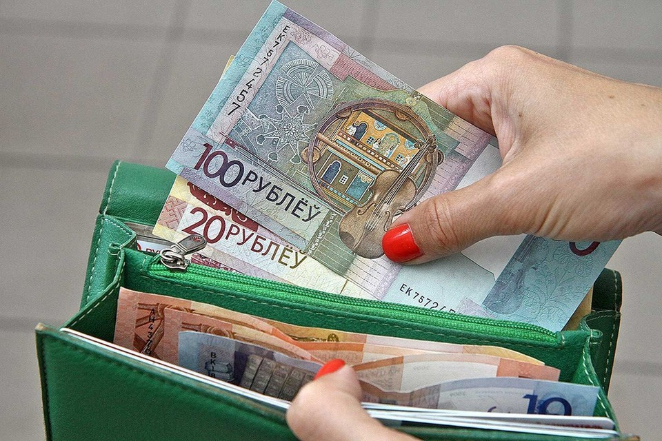 Штаб Светланы Тихановской посчитал деньги, перечисленные в кандидатский фонд, и хочет вернуть лишние.