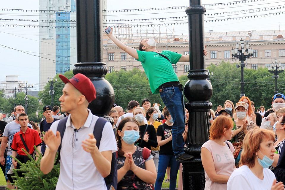 Хабаровчане не понимают, зачем судят их экс-губернатора в Москве