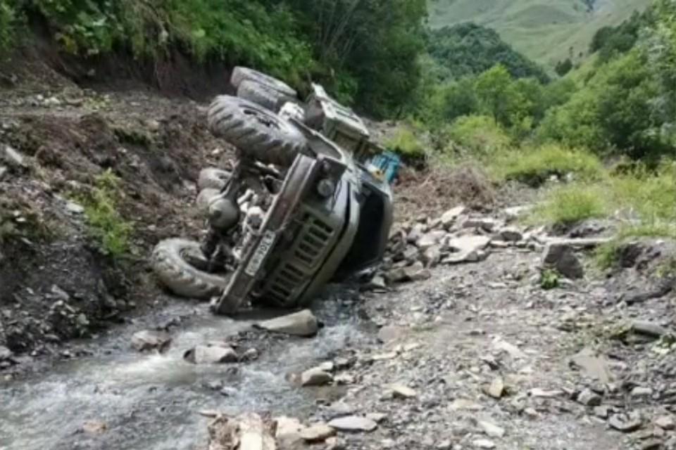Фото с места аварии. Источник: ГУ МВД по Республике Дагестан