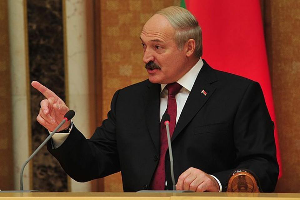 Лукашенко хочет красиво выйти из ситуации с задержанными россиянами, предоставив России и Украине самим решать их судьбу. А он как бы не при делах.