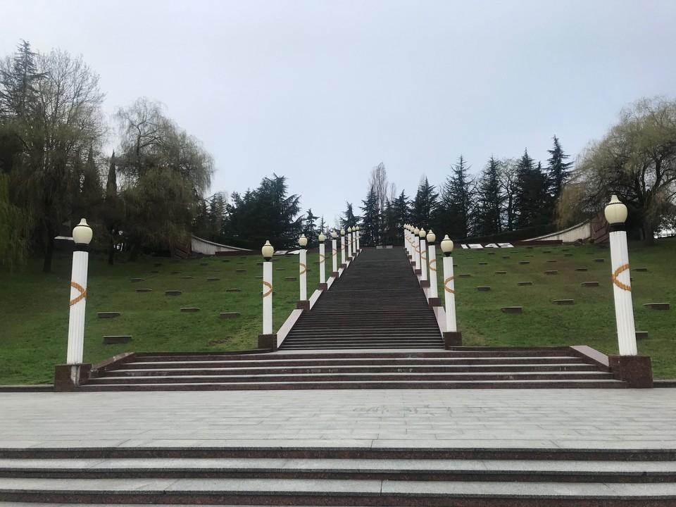 В Сочи следователи проводят проверку по факту осквернения мемориала