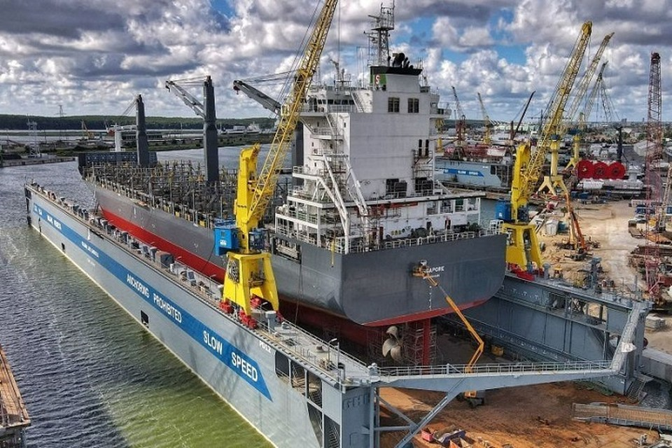 В Клайпедском порту зафиксировали разлив нефтепродуктов - уже не первый. Фото: Facebook/ AB