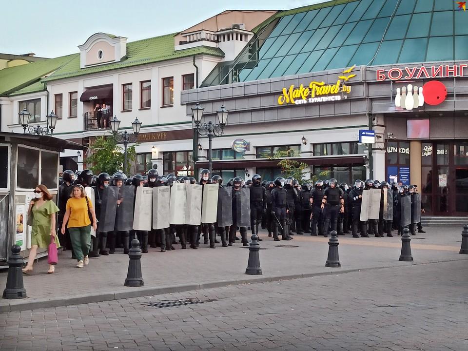 Протестующие в Бресте собрались на пешеходной Советской и на проспекте Машерова.