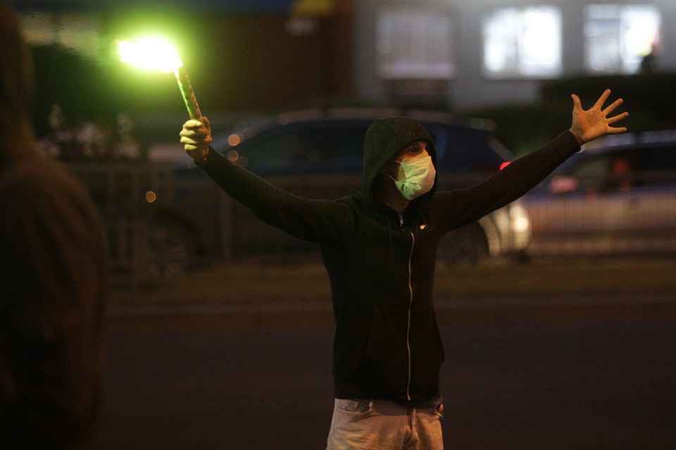 Участник протестов в Минске.