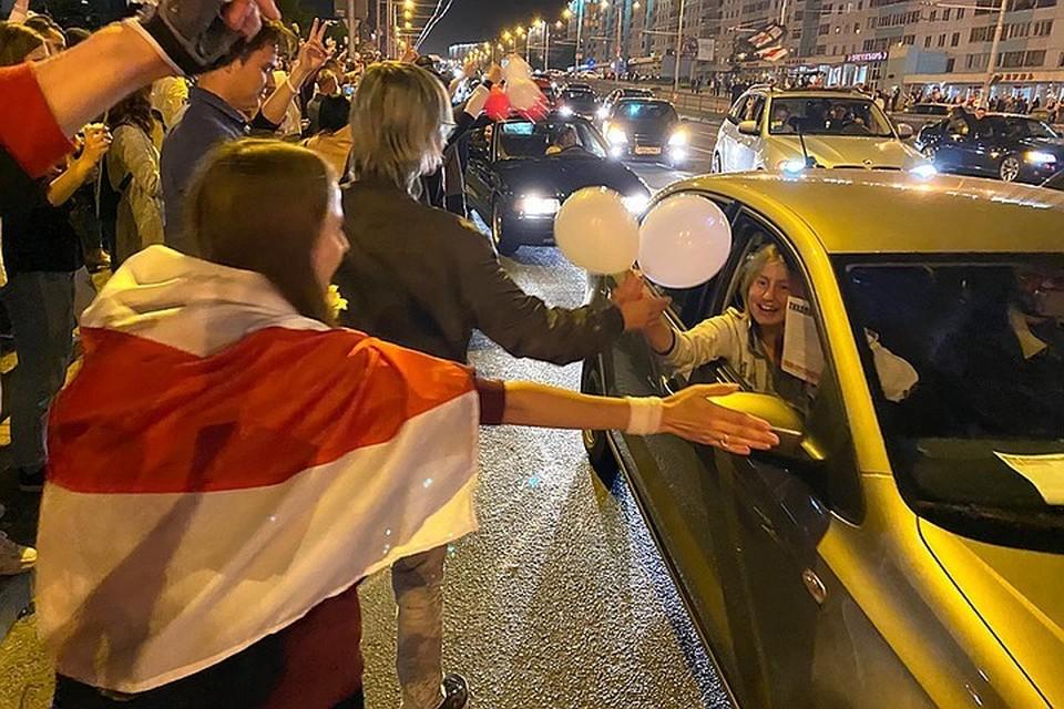 В Минске не утихают протесты против результатов выборов президента.