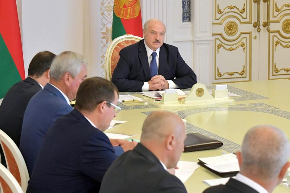 Лукашенко назвал создание совета оппозиции попыткой захвата власти