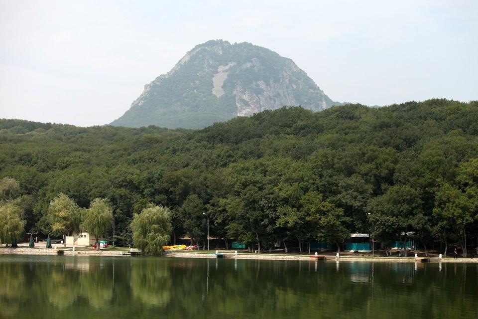 Много историй хранят горы Кавказа
