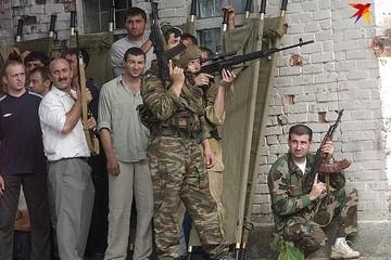 «На наших глазах падали подстреленные спецназовцы»: прошло 16 лет со дня захвата школы в Беслане