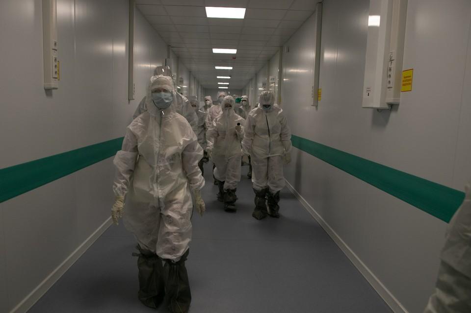 Здесь заразилось более 400 человек – медперсонал и пациенты.