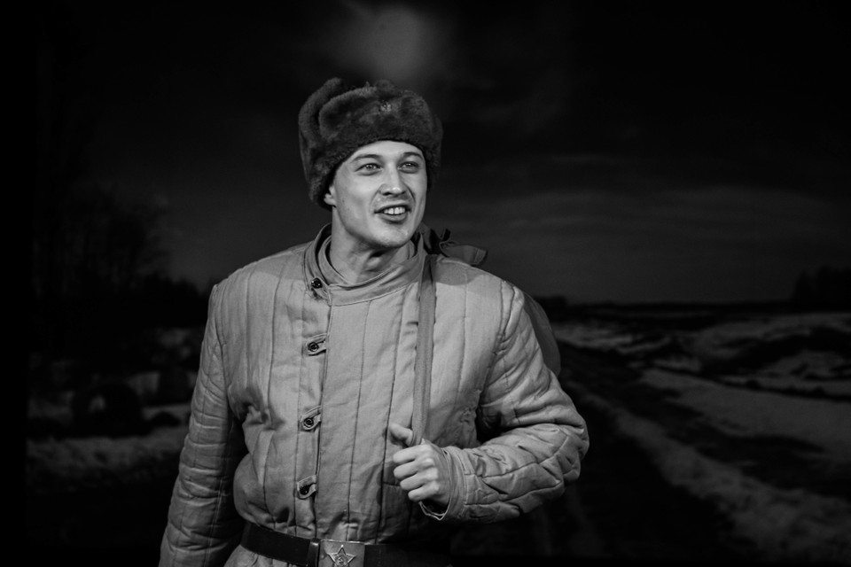 В Тверском театре драмы прошла сдача спектакля «Василий Тёркин» по А.Т. Твардовскому. Фото: Наталья Тихонова.