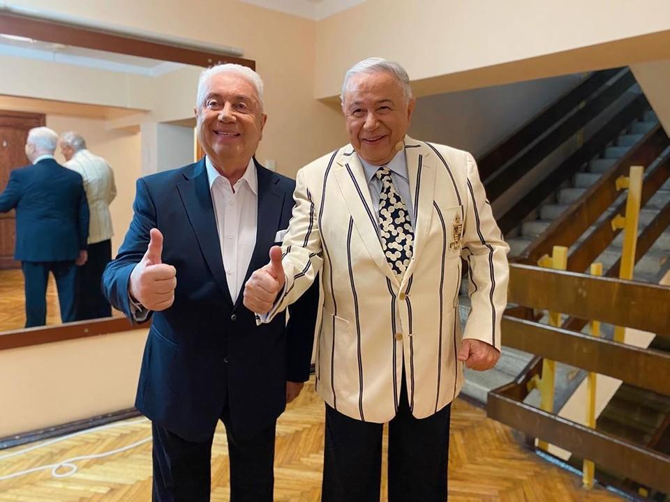 Владимир Винокур и Евгений Петросян хоть и были эвакуированы, концертом остались довольны. Фото: https://www.instagram.com/vladimir_vinokur/