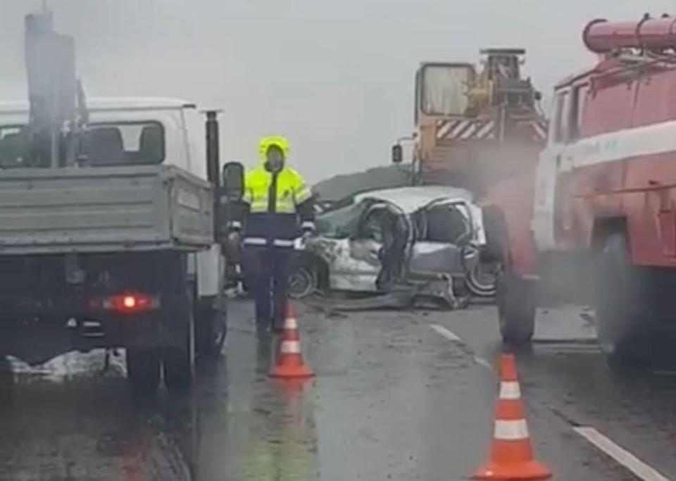В аварии под Ейском погибли люди. Фото: кадр с видео